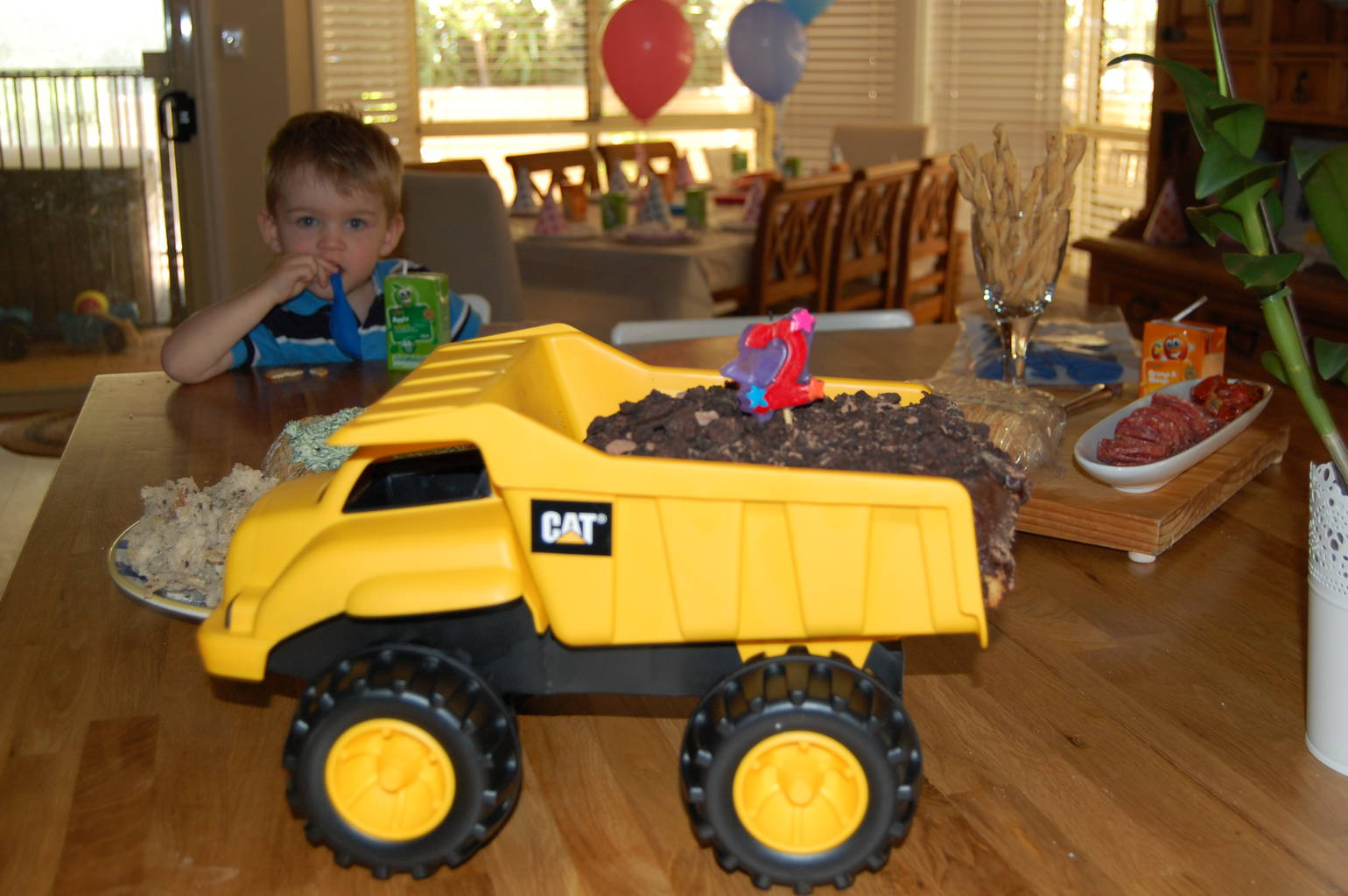 How To Make A Trucking Awesome Boys Birthday Cake